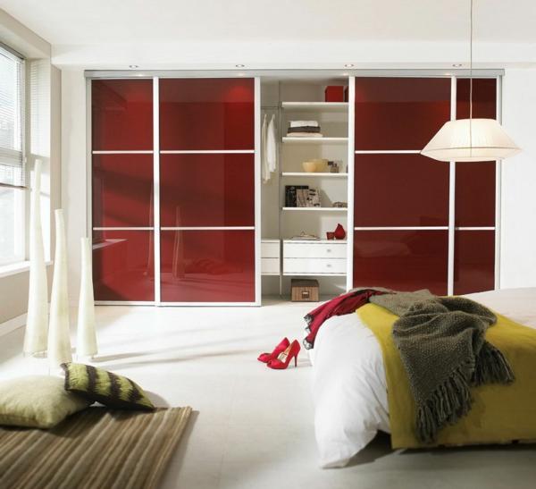 La porte de dressing coulissante garantit un style moderne pour votre armoire - Chambre a coucher dressing ...
