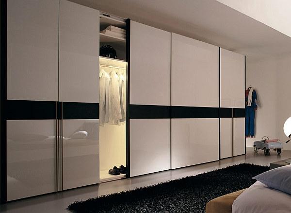 La porte de dressing coulissante garantit un style moderne for Dressing pas cher avec portes coulissantes