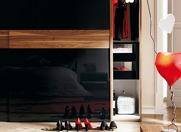 porte-de-dressing-coulissante-dressing-noir-moderne