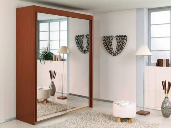 porte-de-dressing-coulissante-une-armoire-contemporaine