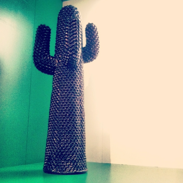 un porte manteau cactus sur mesure donnera l 39 esprit design votre int rieur. Black Bedroom Furniture Sets. Home Design Ideas