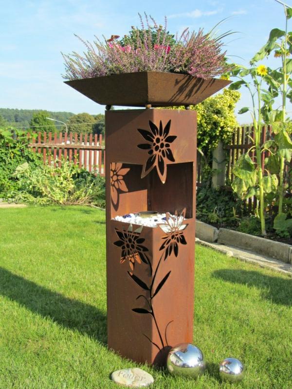 pot-chouette-rouille-decoration-jardin