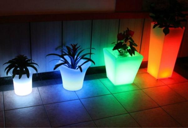 pot-de-fleur-lumineux-des-pots-de-fleurs-différents