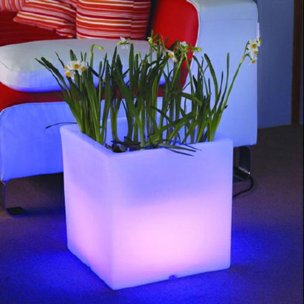 pot-de-fleur-lumineux-lueur-lilas