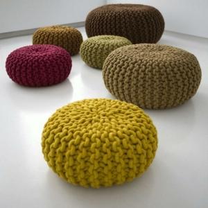 Le pouf tricot - un style cosy