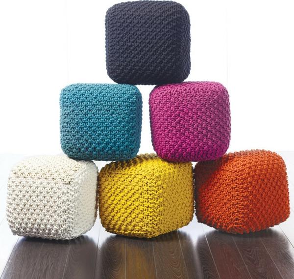 pouf-tricot-des-poufs-rectangles
