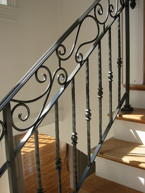 rambarde-fer-forge-interieur-escalier