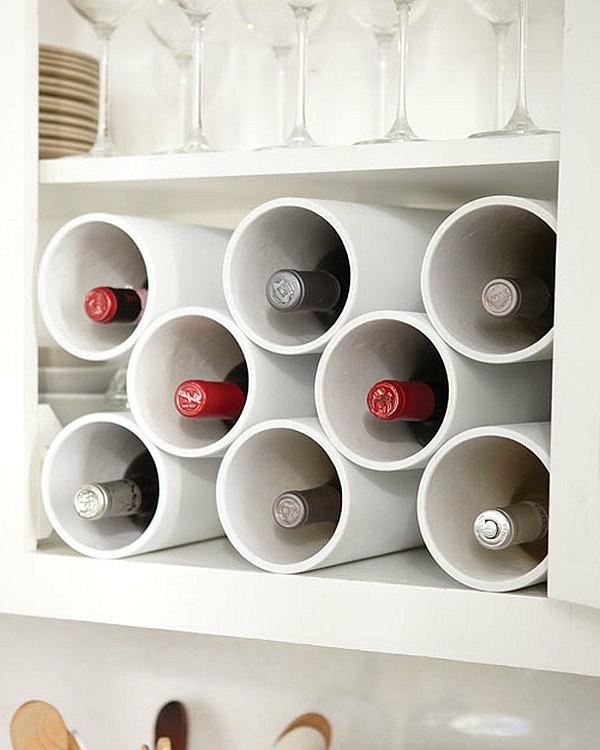 rangement-bouteilles-de-vin-des-tubes-blanches