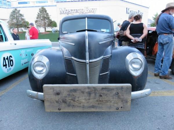 retro-vintage-autohaus-voiture