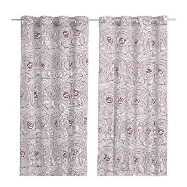 rideaux ikea Ingerlise-Les oeillets permettent de suspendre les rideaux directement sur une tringle