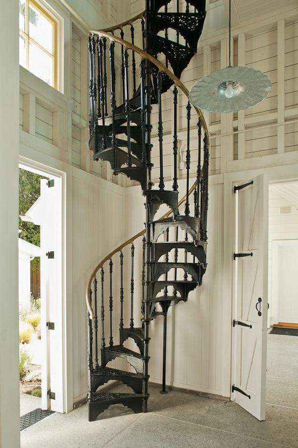 rusitque-style-pour-l'-escalie-spirale