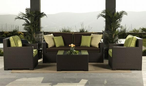 Stunning salon de jardin avec coussin vert images for Coussin salon jardin resine