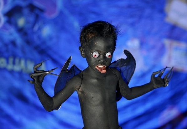 scaryr-Halloween-costumes-ideas-for-kids-resized