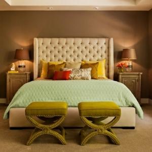 Une tête de lit capitonnée pour un beau style de votre chambre à coucher