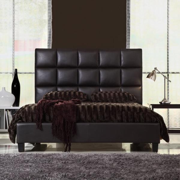 une t te de lit capitonn e pour un beau style de votre. Black Bedroom Furniture Sets. Home Design Ideas