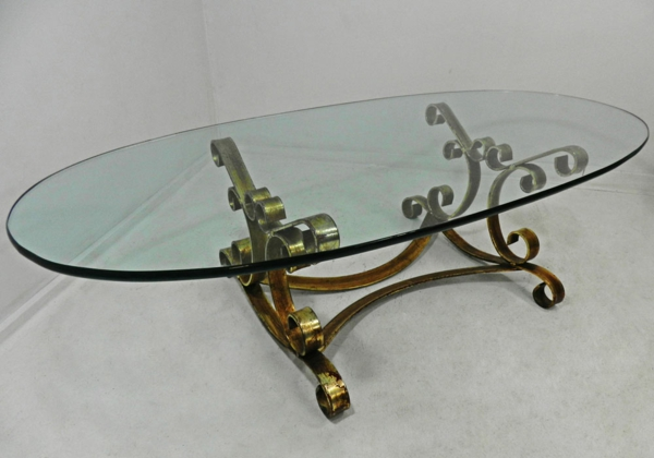 La table basse ovale variantes modernes d 39 un meuble for Table basse fer forge et verre