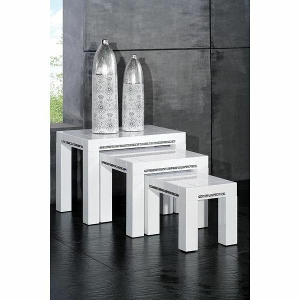 Une table gigogne vous offre du confort et de l 39 esth tisme - Table gigogne blanche ...