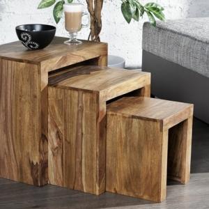 Une table gigogne vous offre du confort et de l'esthétisme