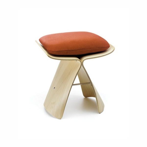 le tabouret japonais chic et l gance. Black Bedroom Furniture Sets. Home Design Ideas