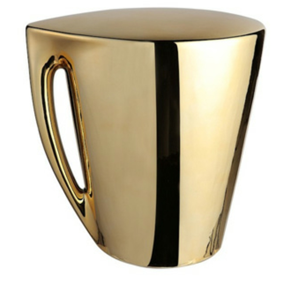 tabouret-starck-comme-une--tasse