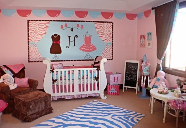 tapis-chambre-bebe-zebre-bleu-decoration