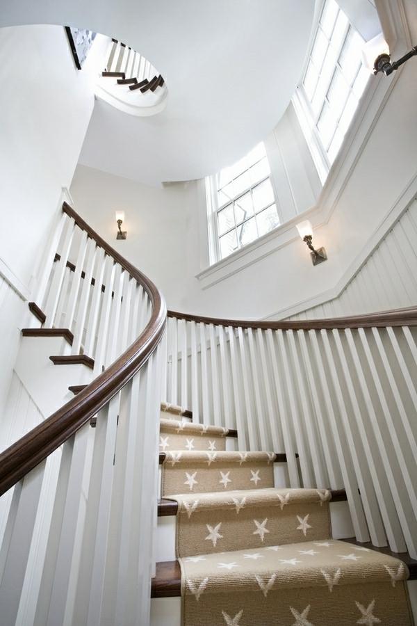 tapis-d'escalier-blanc-