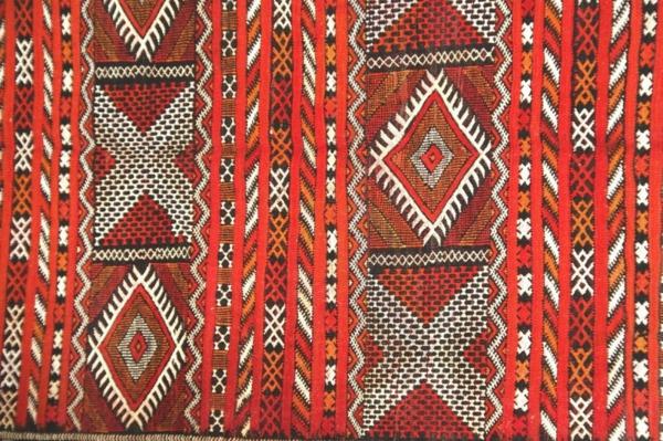 un tapis kilim vous apportera au paradis oriental de la d coration. Black Bedroom Furniture Sets. Home Design Ideas