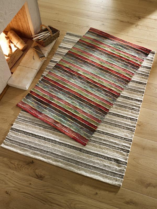tapis-tisse-simple-et-moderne