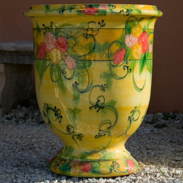 vase-d' anduze-moderne-décorée