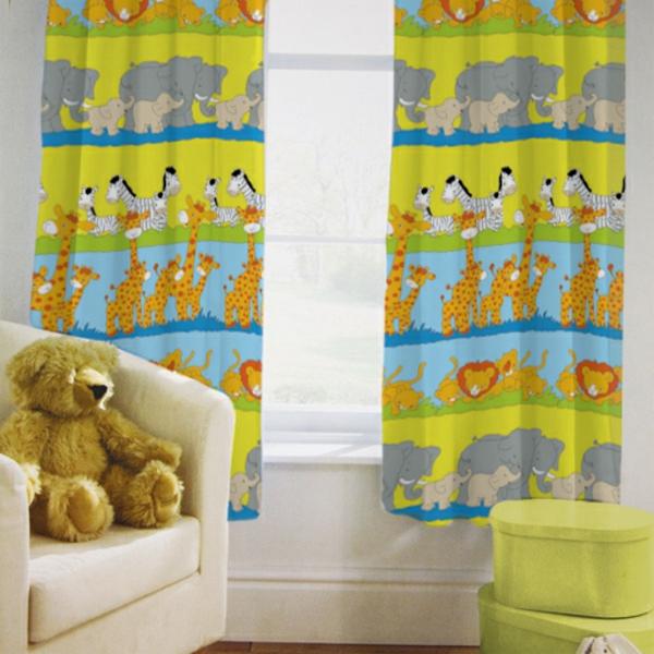 des id es curieuses avec un voilage de chambre enfant. Black Bedroom Furniture Sets. Home Design Ideas