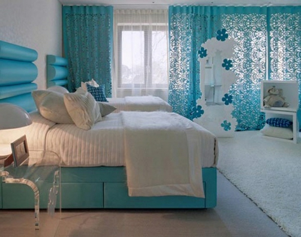 le voilage turquoise pour un int rieur doux et l gant. Black Bedroom Furniture Sets. Home Design Ideas