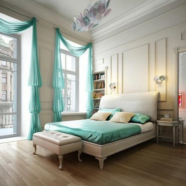 voilage-turquoise-pour-une-belle-chambre-à-coucher