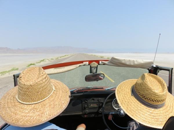 voyager-avec-unretro-voiture