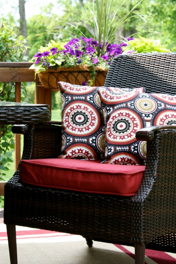 xtérieur-coussin-de-chaise-pour-le-jardin
