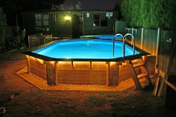 Le piscine hors sol en bois 50 mod les for Lumiere led piscine hors sol