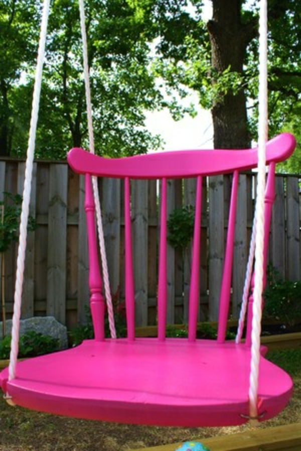 l balan oire un meuble vintage d 39 enfant. Black Bedroom Furniture Sets. Home Design Ideas