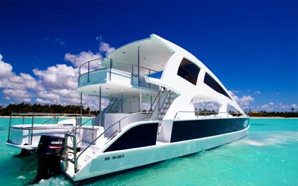 Cest un yacht de luxe à vendre pour de couples