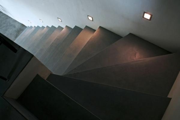 béton-ciré-pour-le-design-des-escaliers