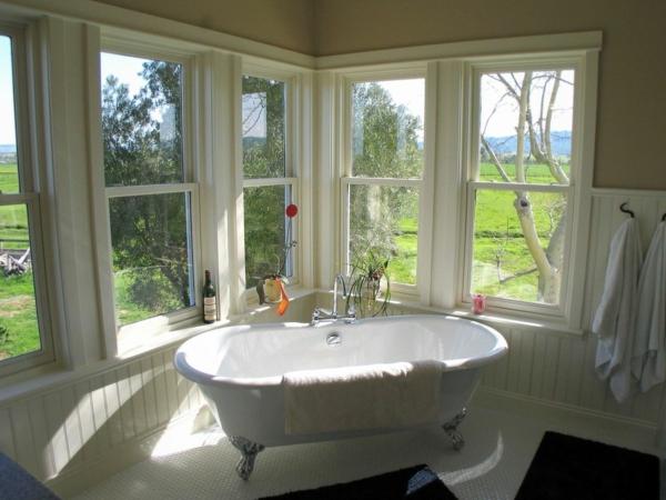 La baignoire sabot est un bijou pour votre salle de bains for Baignoire lumineuse