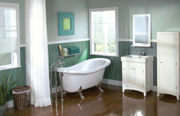 baignoire-sabot-murs-en-vert-pâle