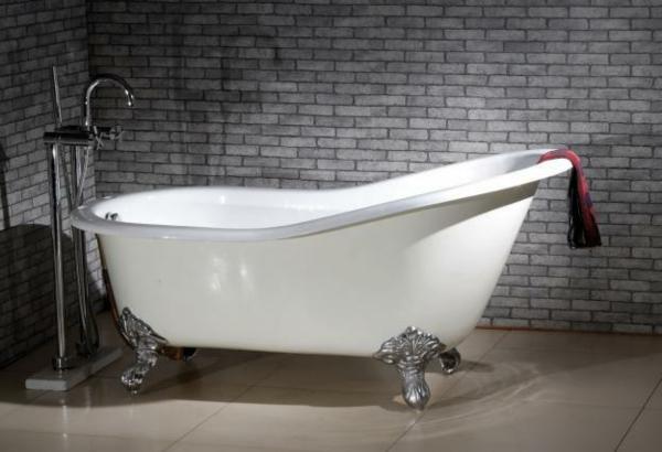 baignoire-sabot-pieds-argentés