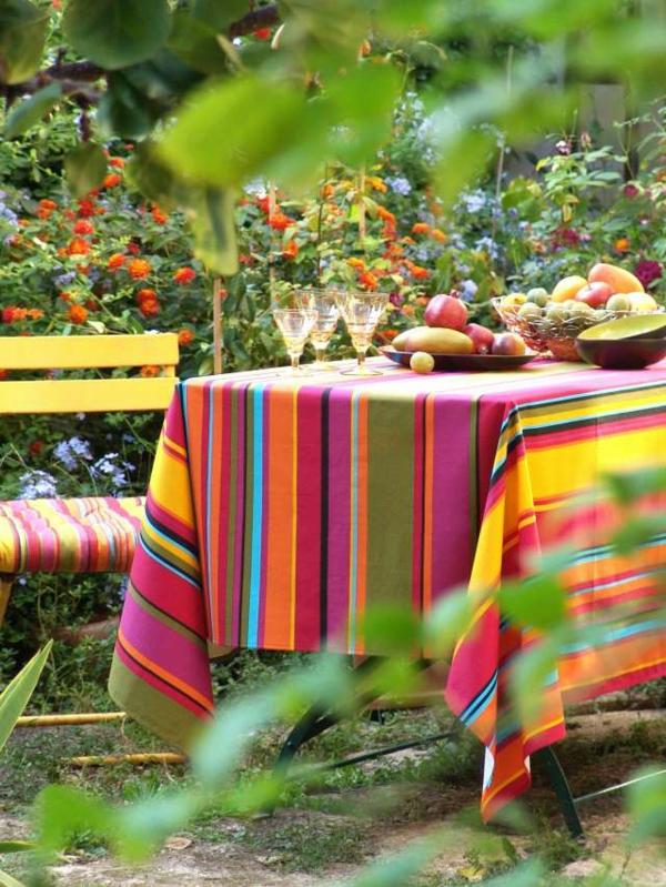 La nappe enduite design color - Deco jardin colore le mans ...