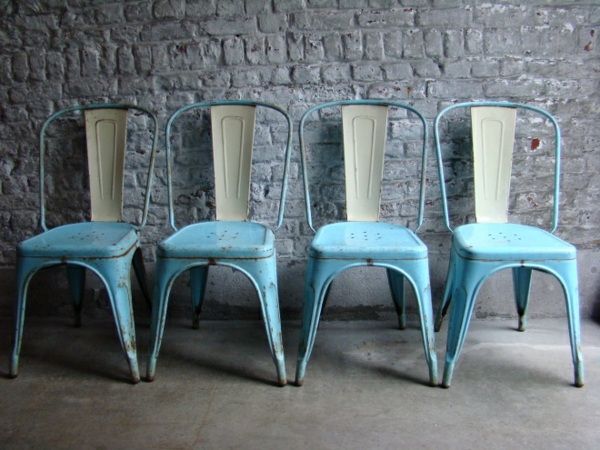 bleu-chaise-unique-design