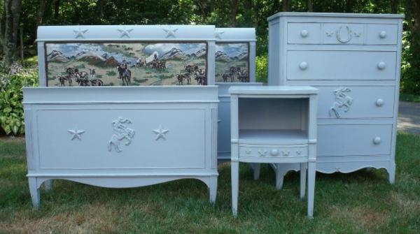 bleu-meuble-vintage-pour-enfant