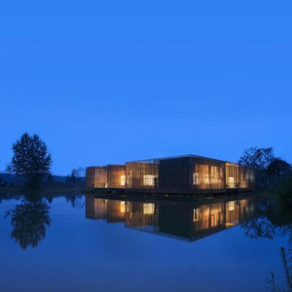 cabanes-flottantes-des-cabanes-avec-bambou