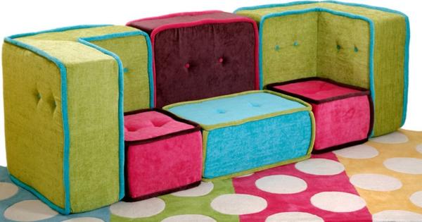 un canap modulable pour un style n glig et amusant. Black Bedroom Furniture Sets. Home Design Ideas
