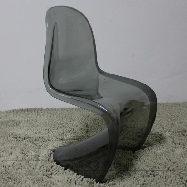 la chaise panton meuble intemporel. Black Bedroom Furniture Sets. Home Design Ideas