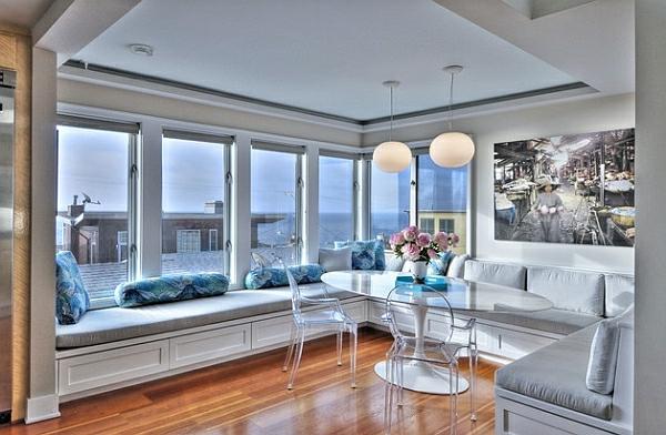 chaises-transparentes-salle-de-séjour-magnifique