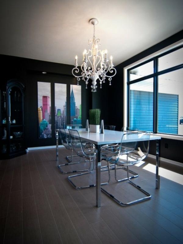 chaises-transparentes-verre-et-acier