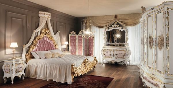 chevet-baroque-chambre-à-coucher-plantureuse-en-blanc-et-rose